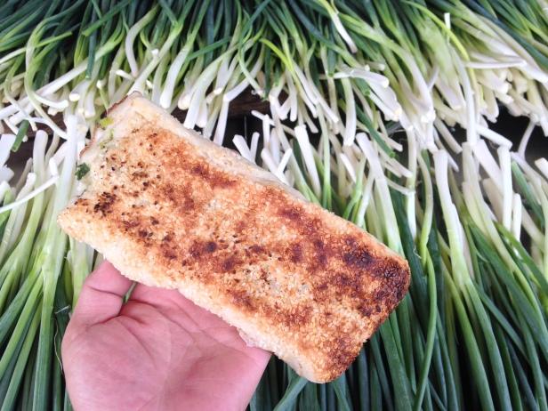 基隆人日常飲食阿國碳烤燒餅02