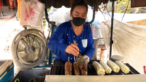 嘉義溪口烤玉米001